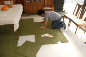 Assembling an area rug of FLOR tiles