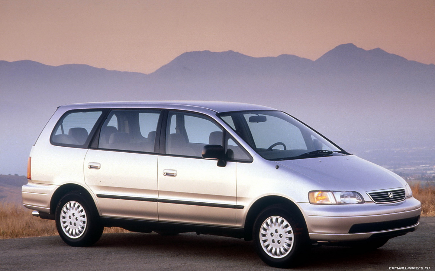 The Cars Every Mom In The S Drove Thrillist - Cool mom cars